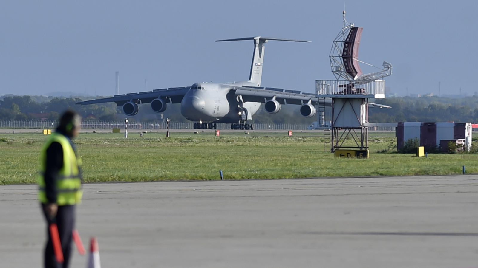 Letoun C-5M Super Galaxy