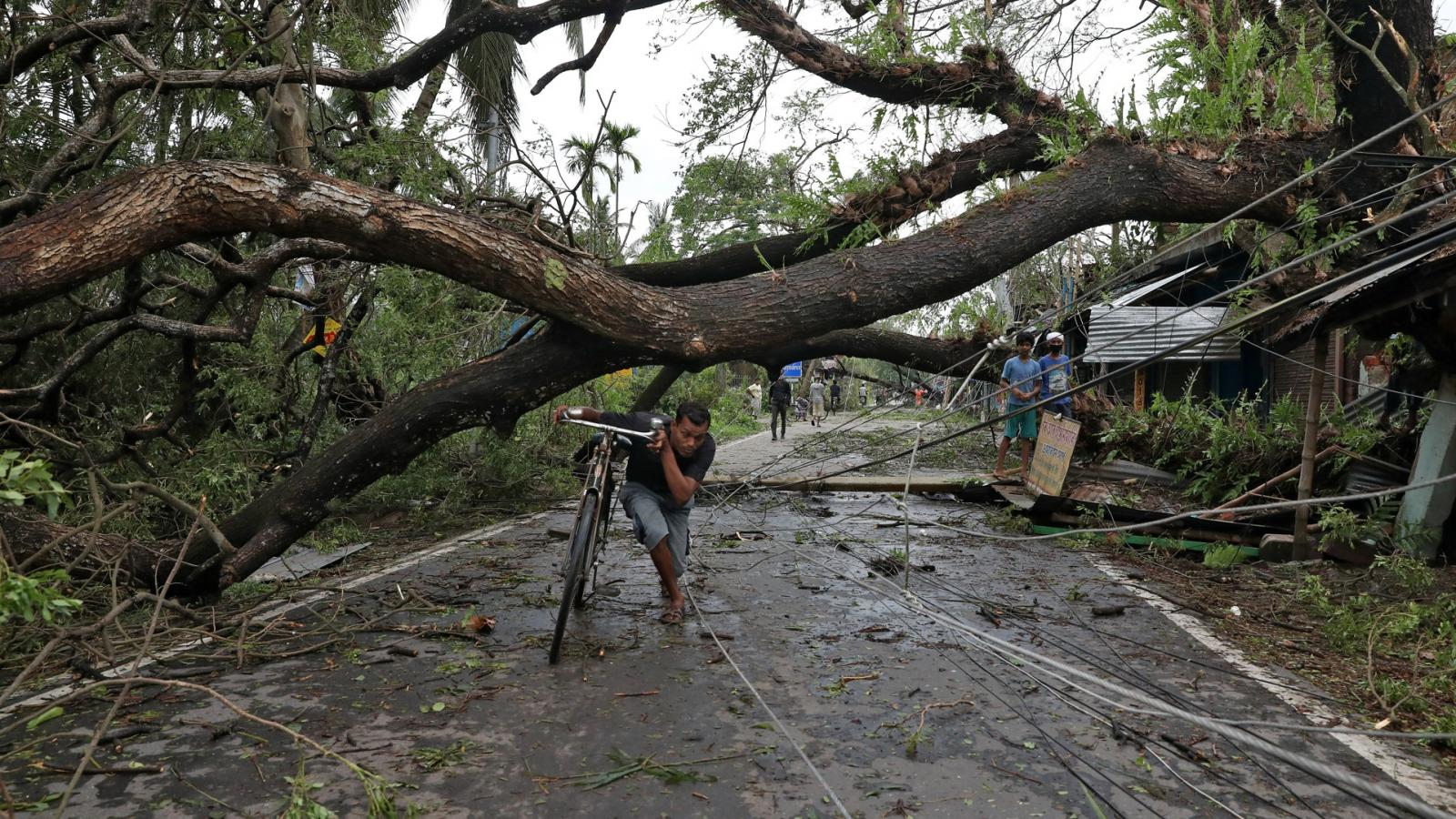 Cyklon Amphan v Indii a Bangladéši
