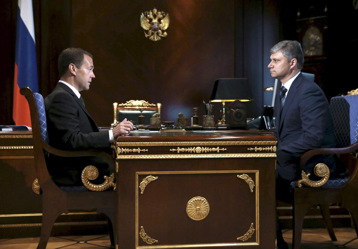 Dmitrj Medvěděv a Oleg Belozerov