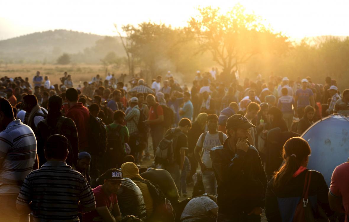 Uprchlíci na hranicích Makedonie a Řecka