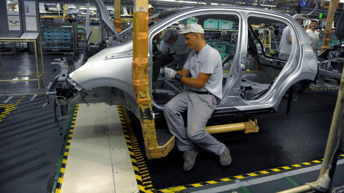 Výrobní hala kolínské automobilky Toyota Peugeot Citroën Automobile (TPCA)