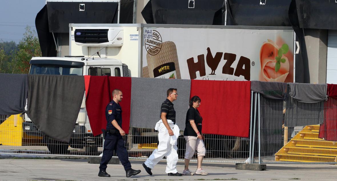 Mrtví uprchlíci v Rakousku