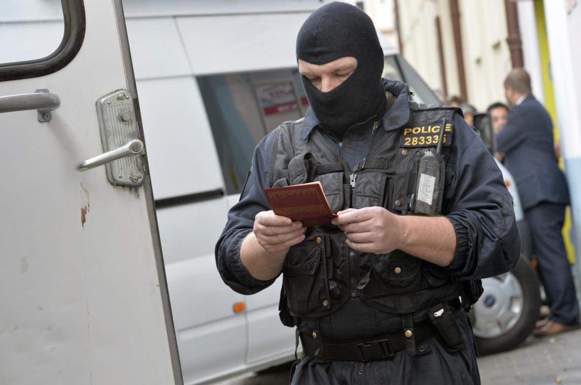 Zásah v sídle Islámské nadace Praha v ulici Politických vězňů