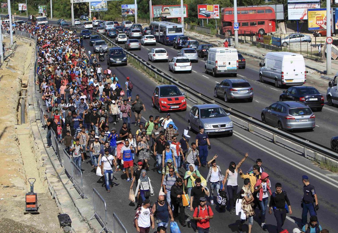 Uprchlíci na pochodu z Budapešti