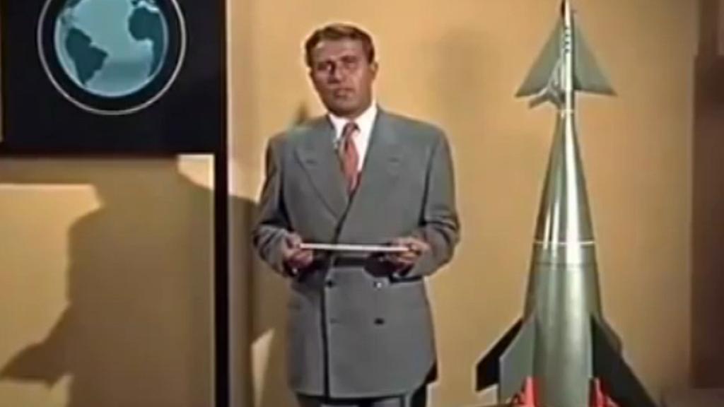 Von Braun přednášel Američanům o vesmírném programu v televizních pořadech