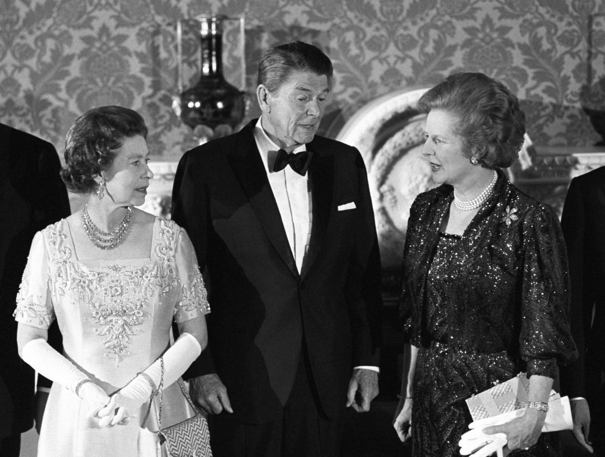 Královna s politickými lídry Západu 80. let