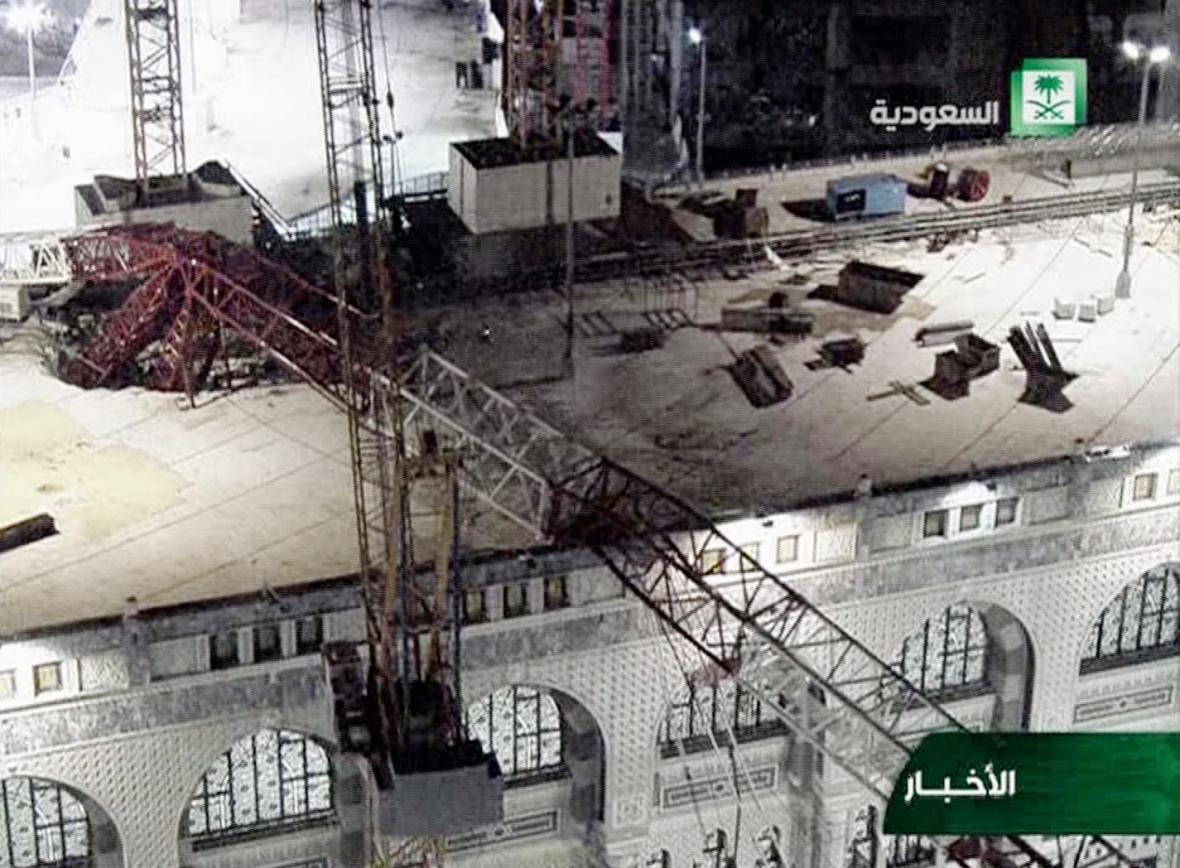 Pád jeřábu na Velkou mešitu v Mekce