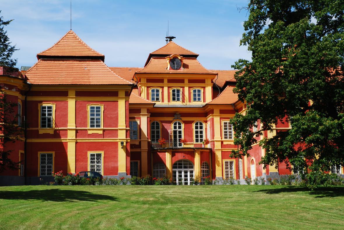 Schwarzenberský zámek v Čimelicích