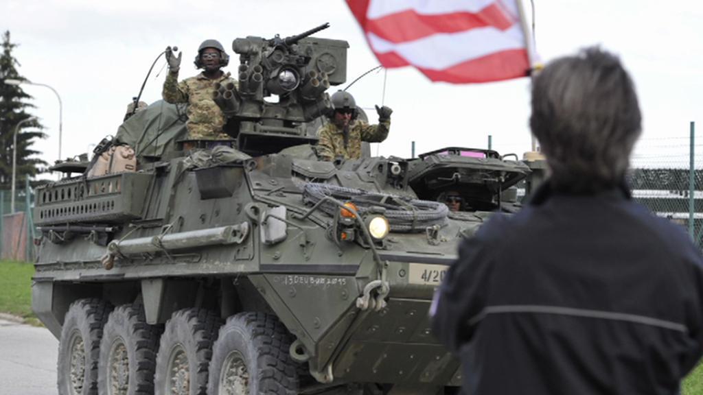 Americký konvoj opouští vyškovské kasárny