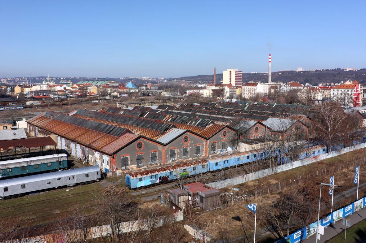 Železniční dílny na archivní snímku