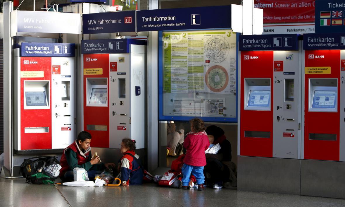 Uprchlíci na nádraží v Mnichově