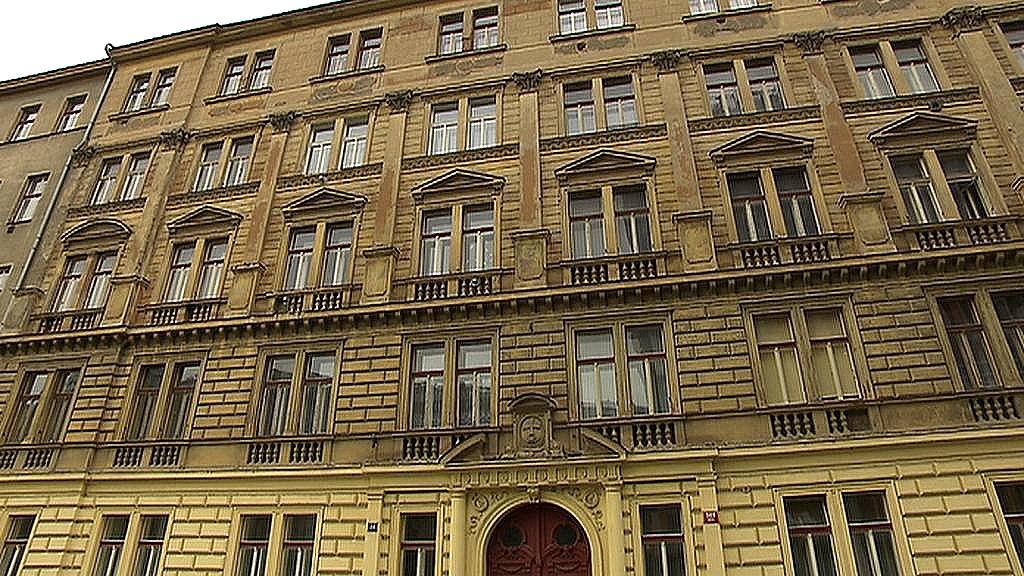 Činžovní dům v Karlíně, který se snažil získat řád Křižovníků s červenou hvězdou