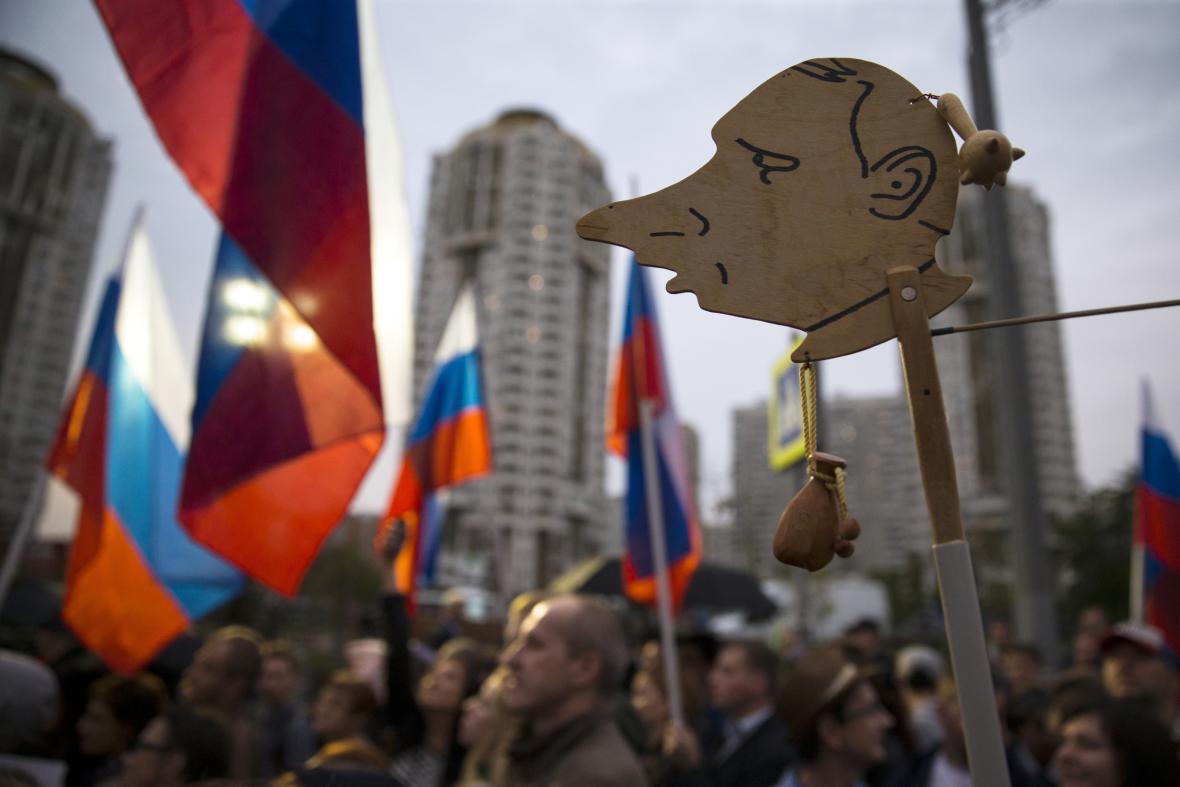 Opoziční demonstrace na periferii Moskvy