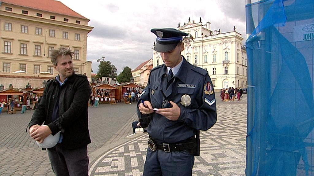 Zadržený člen umělecké skupiny Ztohoven