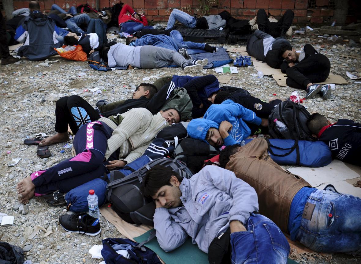 Migranti v makedonském táboře Gevgelija