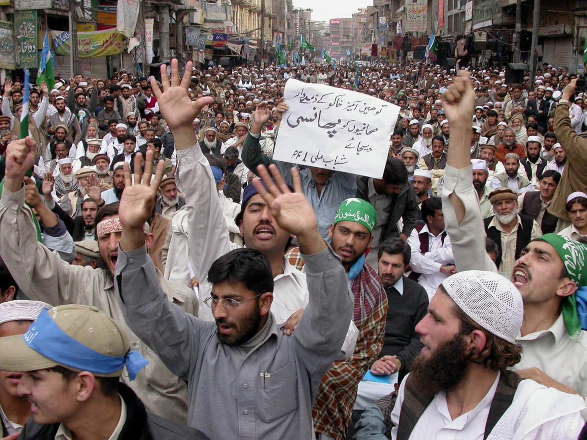 Muslimské protesty proti karikaturám Mohameda