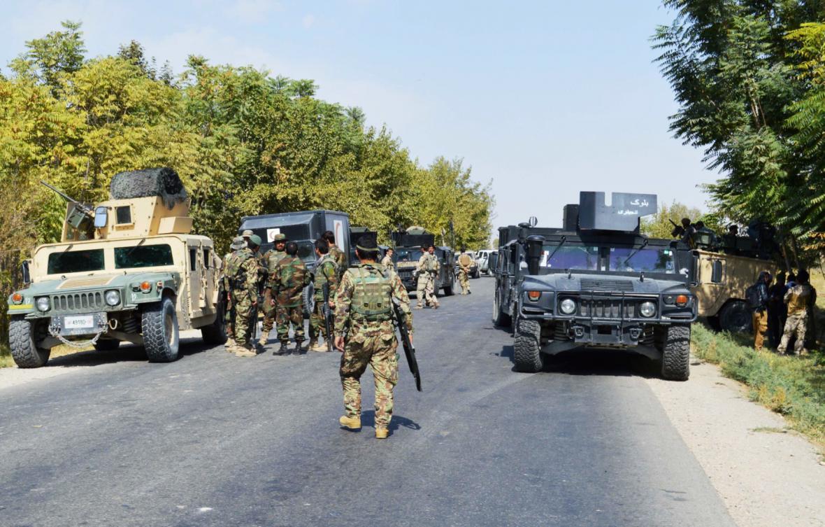 Vládní jednotky poblíž Kunduzu