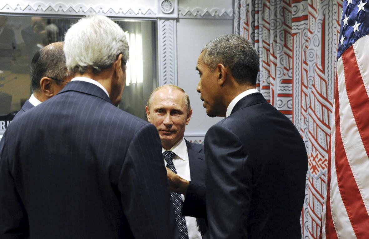 Vladimir Putin a Barack Obama s ministry zahraničí