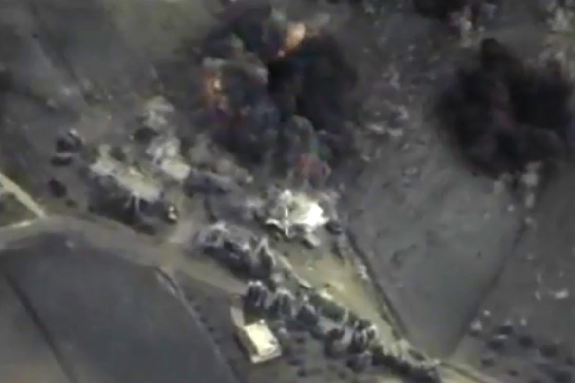 Moskva zveřejnila záběry z náletů v Sýrii
