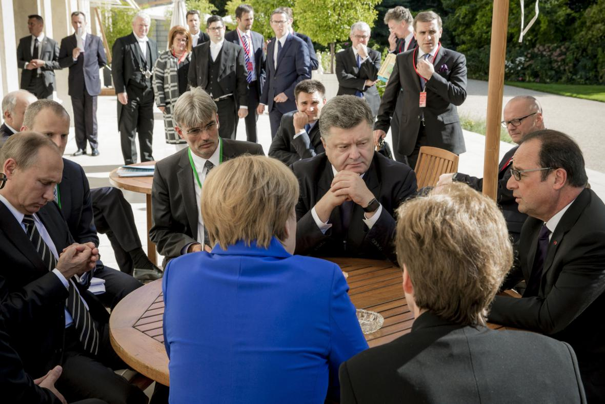 Jednání v Paříži