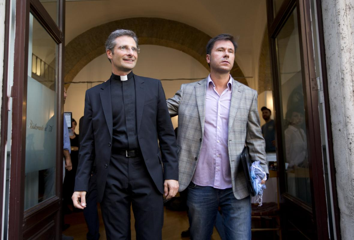 Krzysztof Charamsa se svým partnerem Eduardem