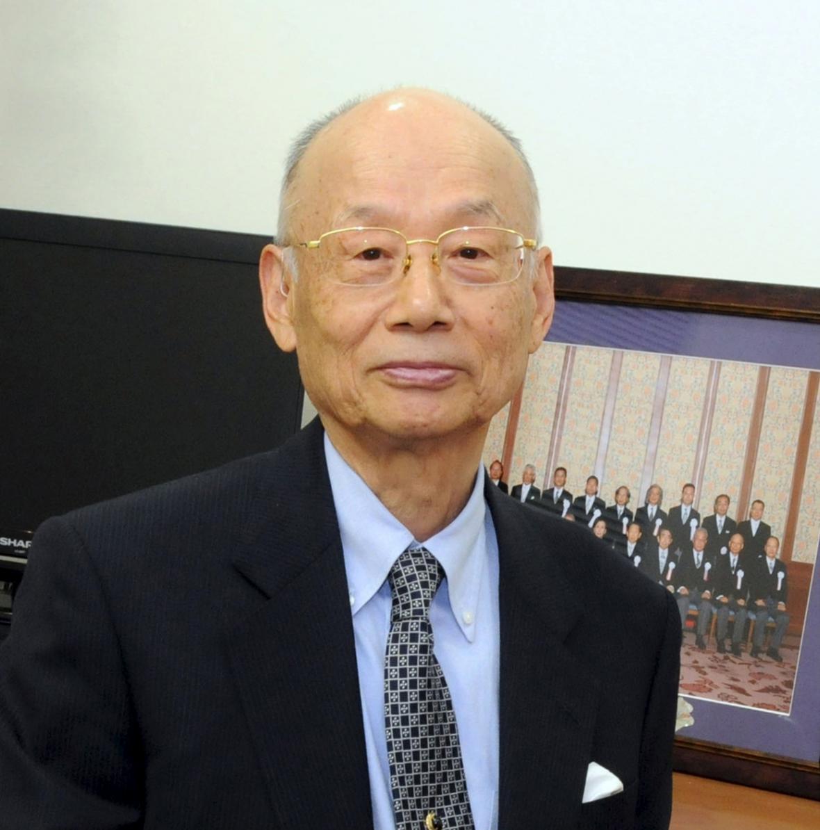 Satoši Omura