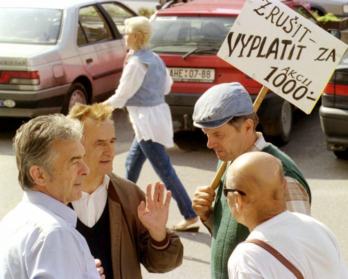 Momentka z valné hromady Harvardského prům. holdingu - srpen 1997