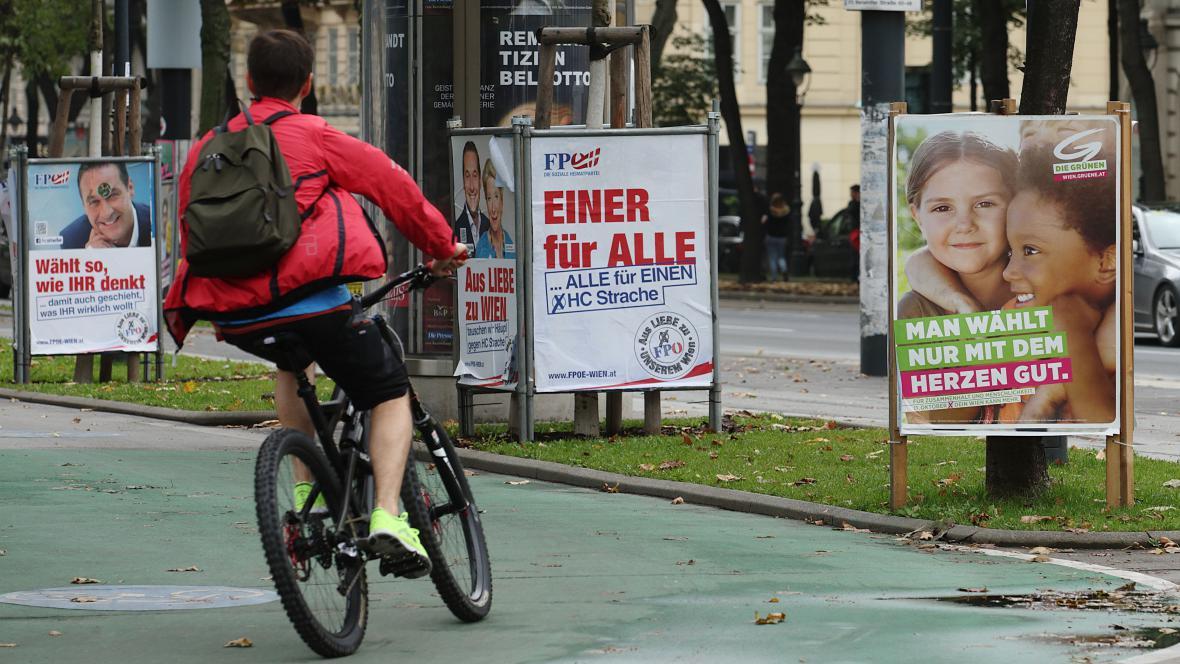 Předvolební snaha zaujmout voliče v ulicích Vídně