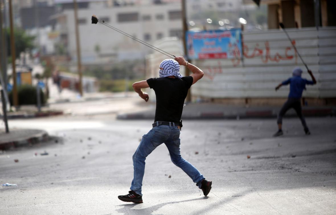 Demonstranti na Západním břehu
