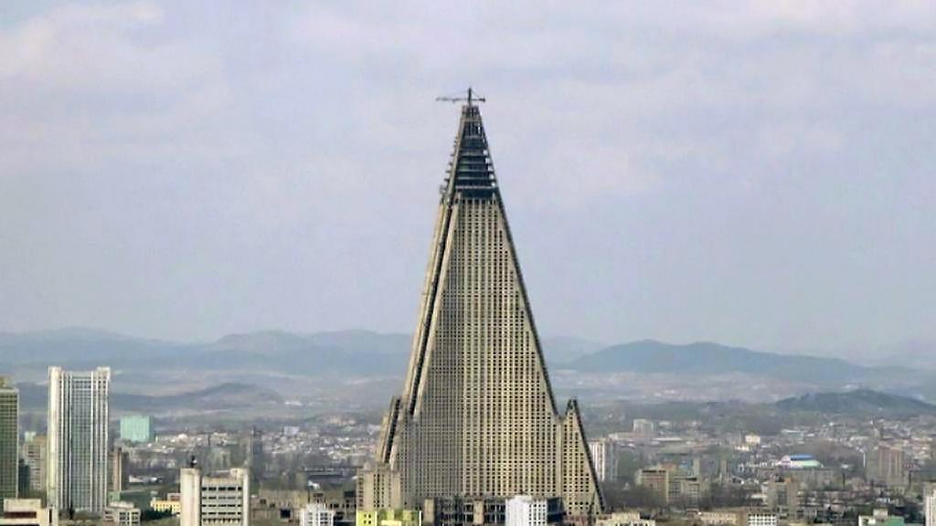 Nedostavěný hotel v Pchjongjangu se nadlouho stal symbolem ekonomické krize