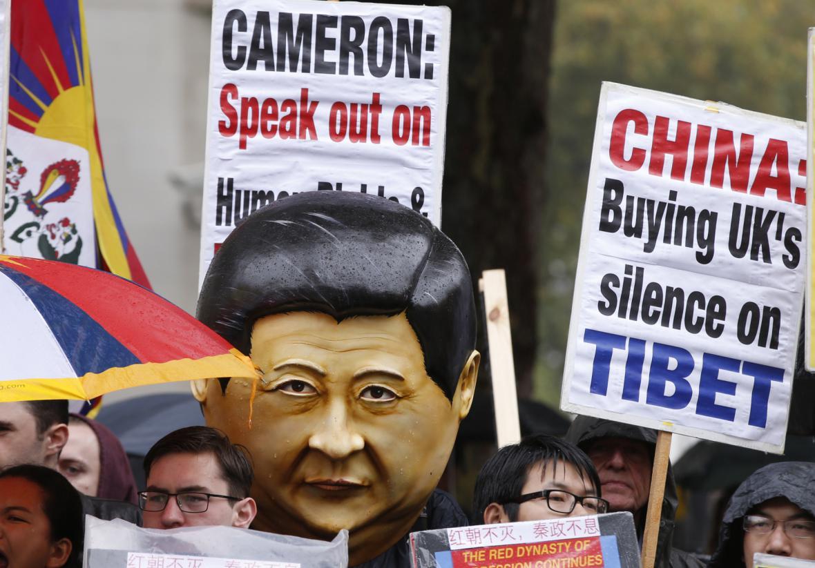 Protesty kvůli návštěvě čínského prezidenta