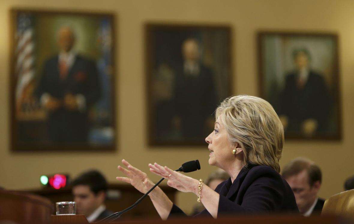 Hillary Clintonová před vyšetřovací komisí Kongresu