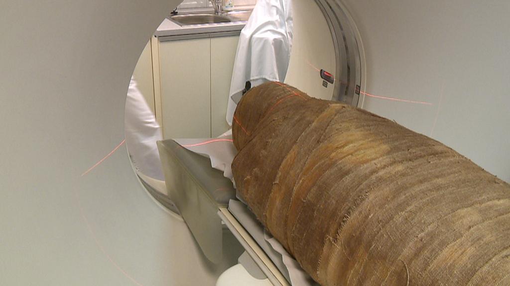Skenování mumie