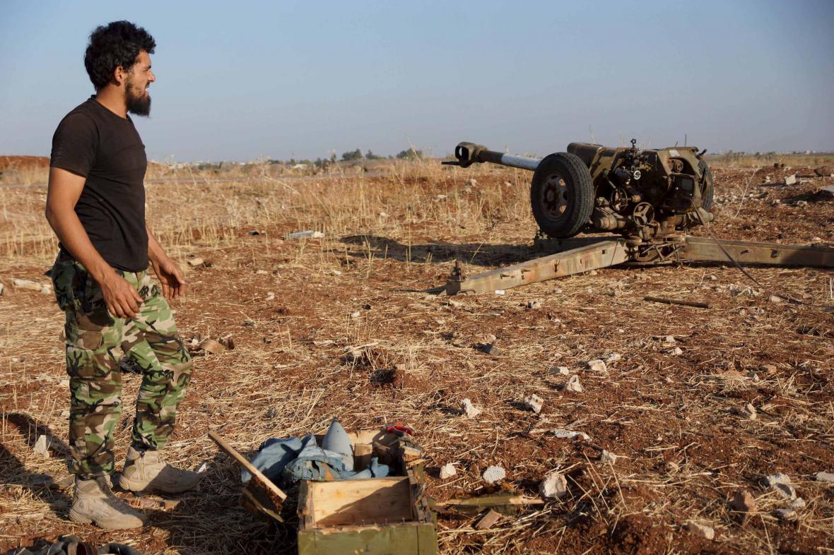 Člen ozbrojených jednotek Svobodné syrské armády