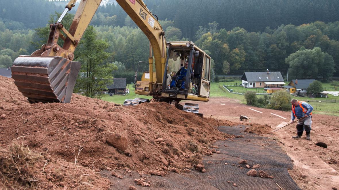 Následky povodní uklízejí v Rudníku dodnes