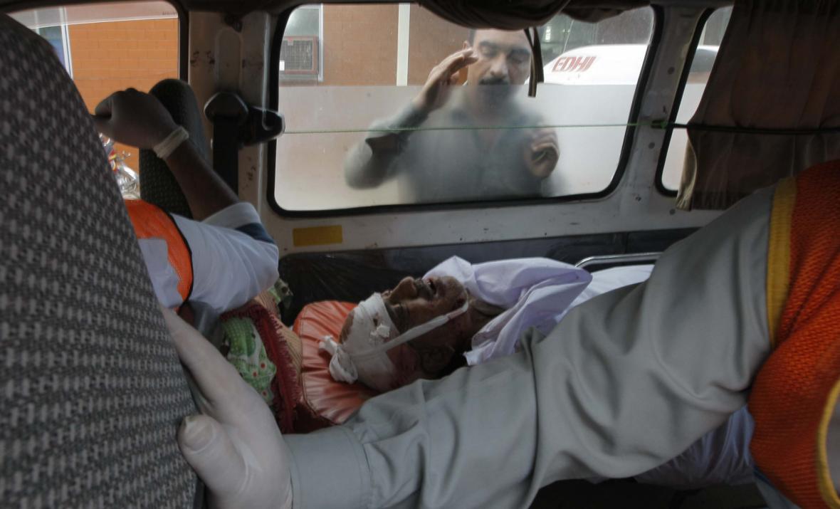 Dopady zemětřesení v Hindúkúši