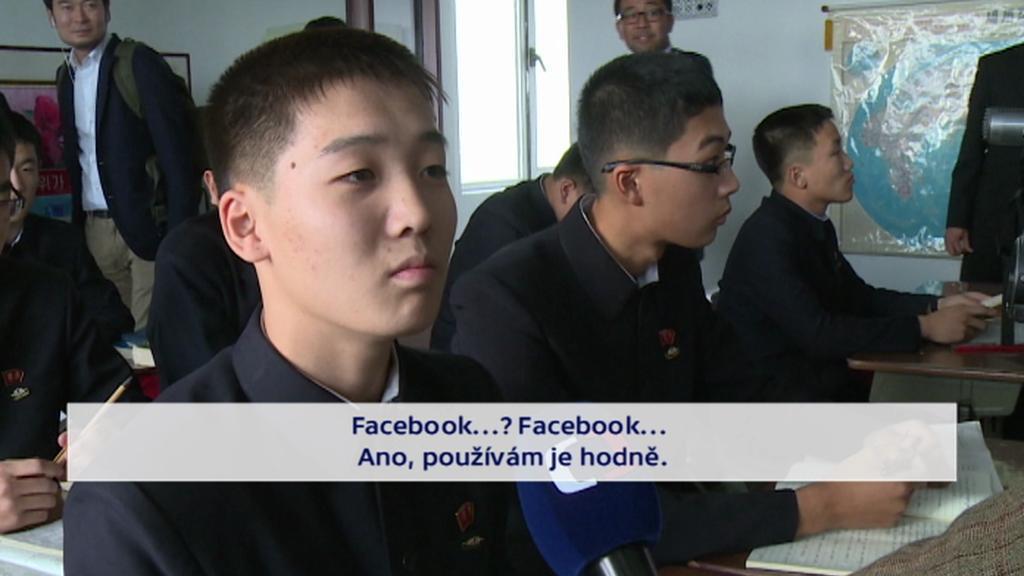 Reakce severokorejských studentů na otázky kolem Facebooku