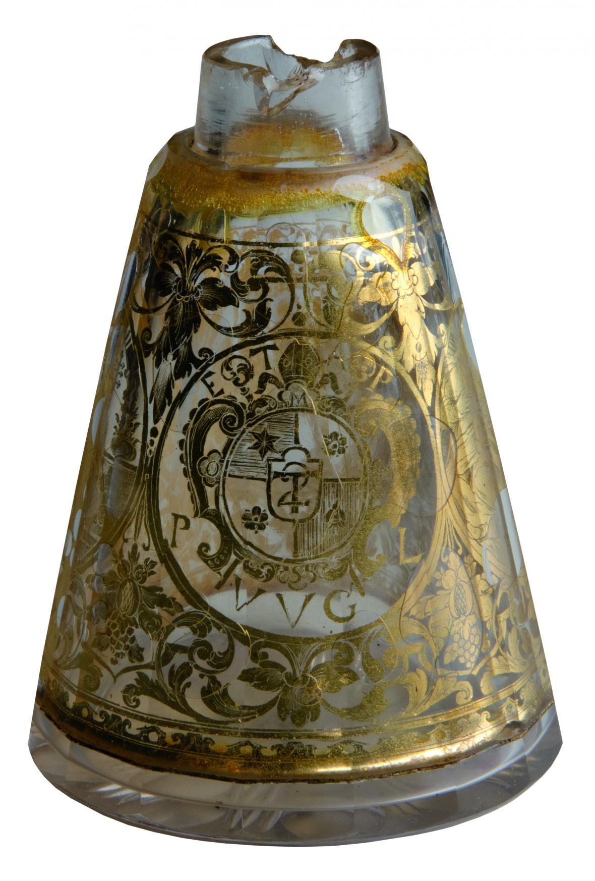 Dvojstěnný flakon se znakem opata Evžena Tyttla, kolem 1730, severní Čechy