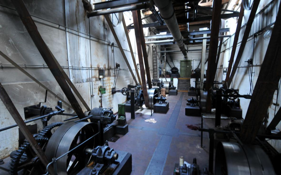 Výrobní hala v Explosii na snímku z roku 2009
