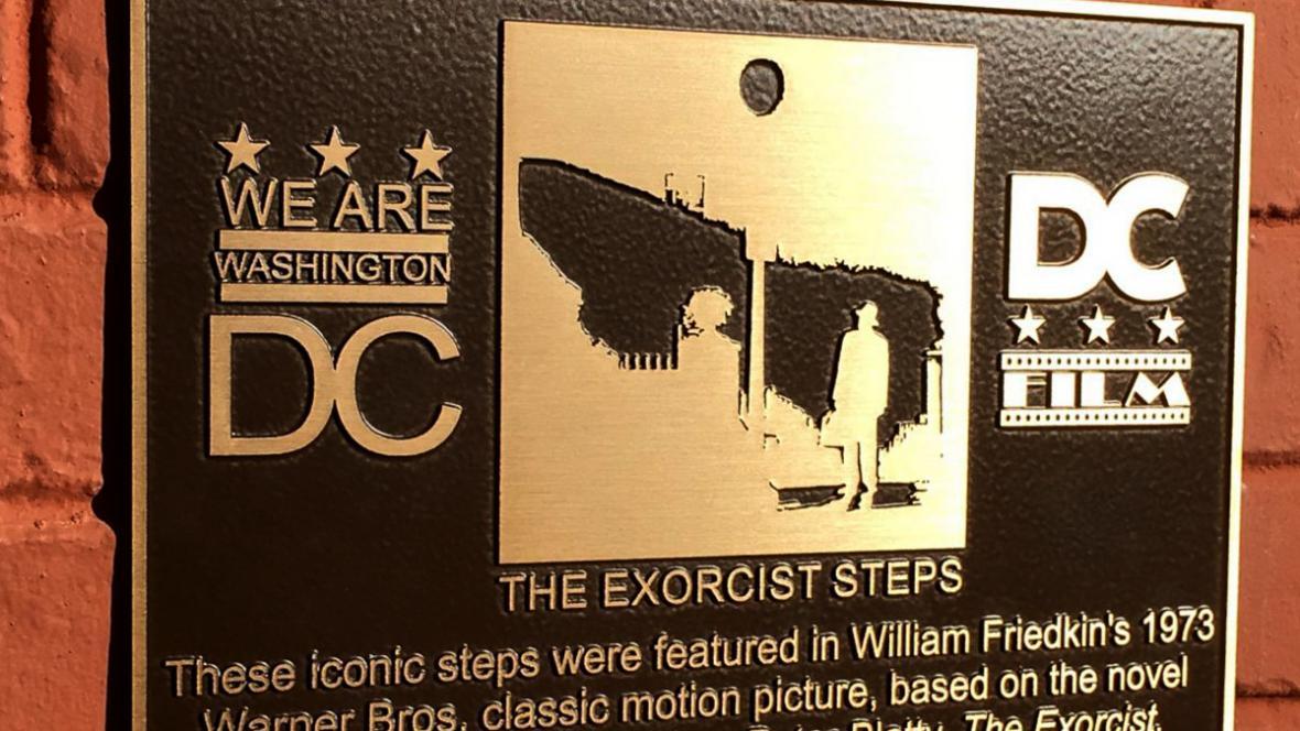 Malá deska pro Washington, velká plaketa pro filmový svět