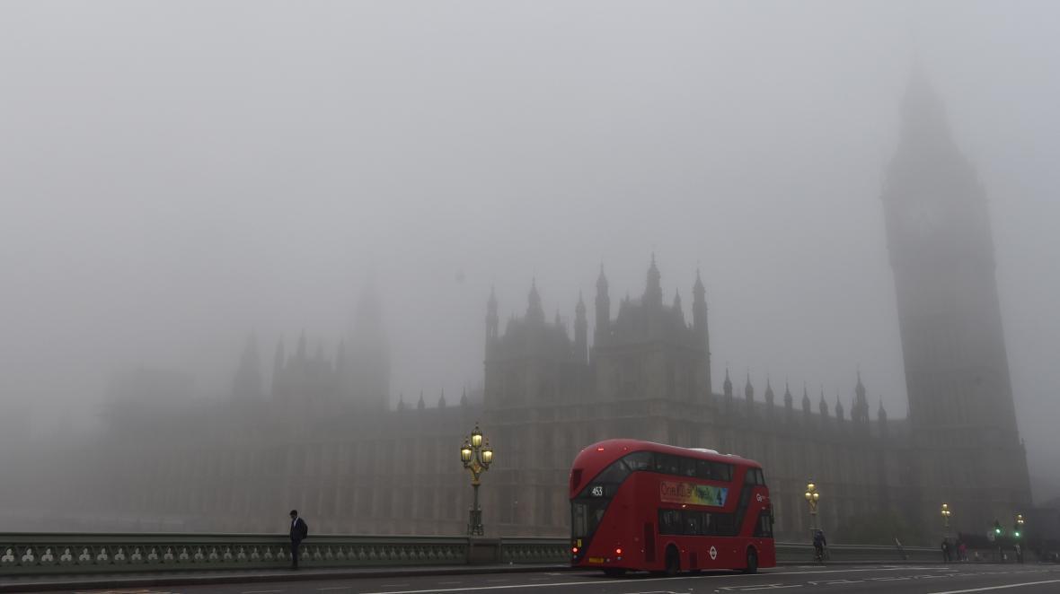 Londýn v mlze