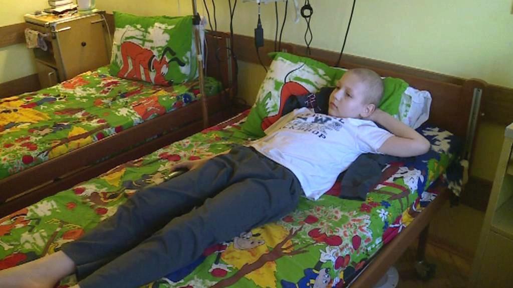 Malému Andrejovi ze Lvova pomáhá český pár