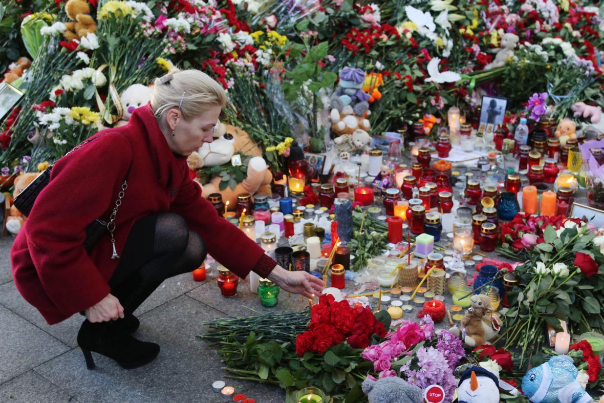 Petrohrad vzpomíná na oběti z ruského airbusu