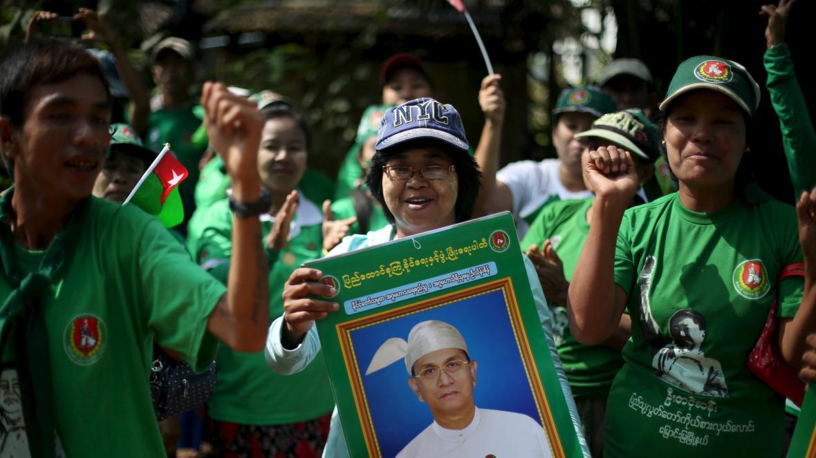 Podporovatelé vládnoucí USDP