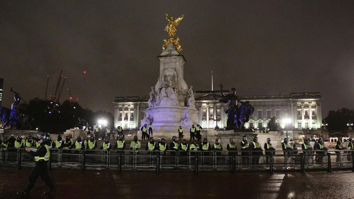 Policisté připraveni na Million Mask March v Londýně