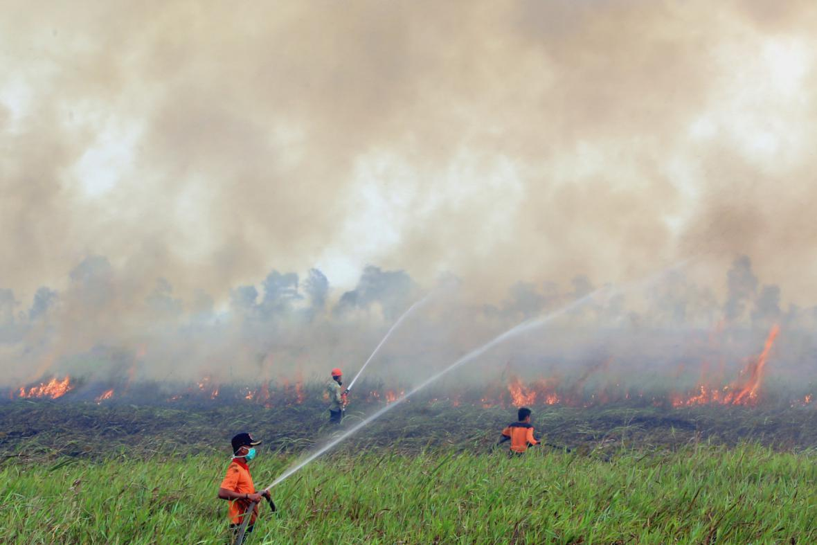 Požár v Indonésii