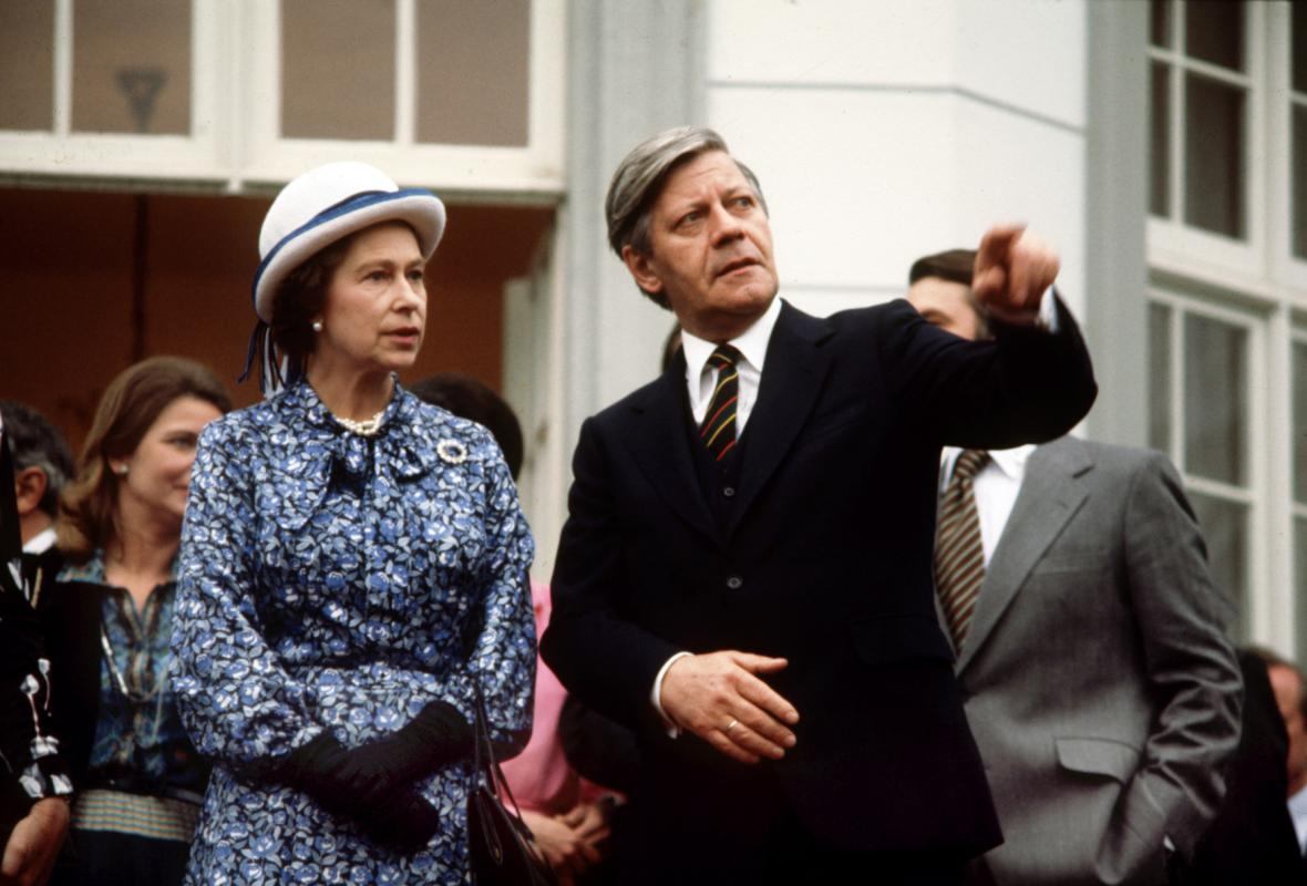 Helmut Schmidt s Alžbetou II. v roce 1978