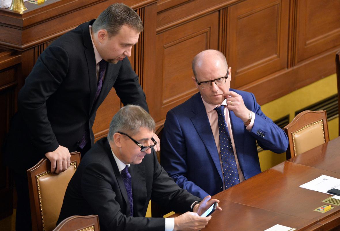 Vláda na jednání sněmovny