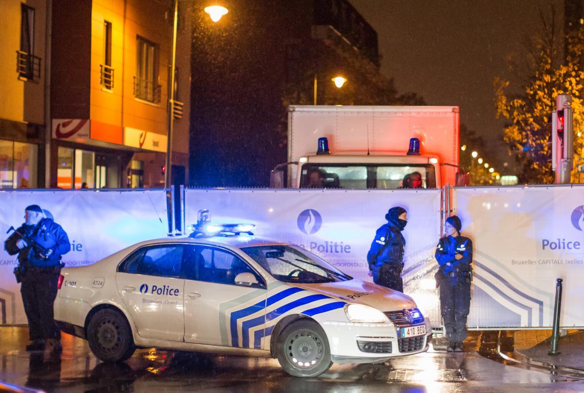 Ulice Bruselu hlídá policie