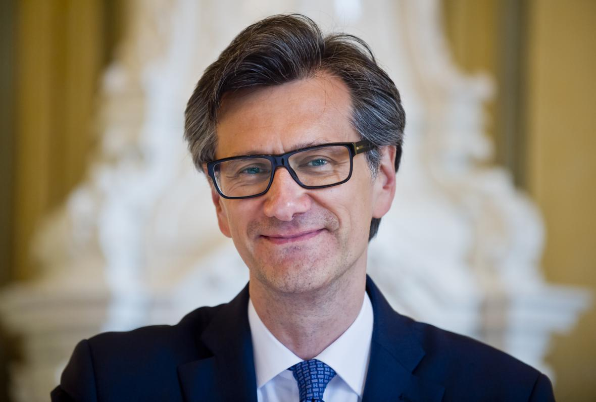 Jean Pierre Asvazadourian, velvyslanec Francie v ČR